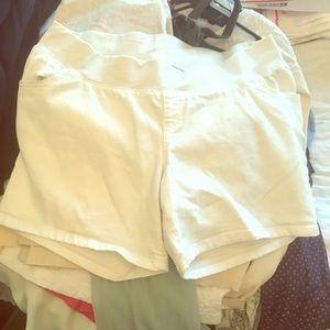 White maternity shorts size 16